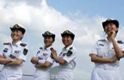 我军远洋补给舰上也有女兵班