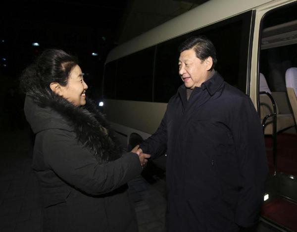 习近平看望牛玉儒家属:牛玉儒是新时期广大党员干部的楷模
