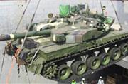 泰军在码头收货大批乌克兰坦克