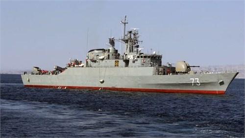 媒体称伊朗派遣多艘军舰前往美国周边海域