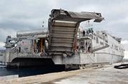 美军双体运输船全世界到处跑