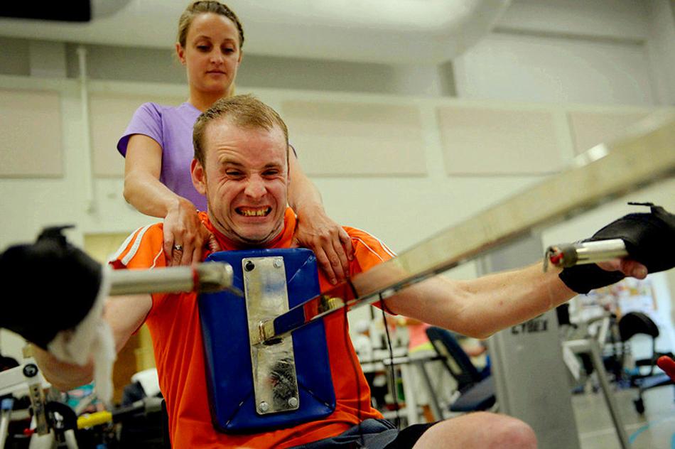 脊髓损伤患者的艰难康复路