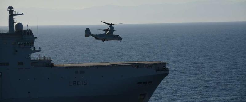Rafale y Super Hornet intercambian portaviones en ejercicios 20140213093631208