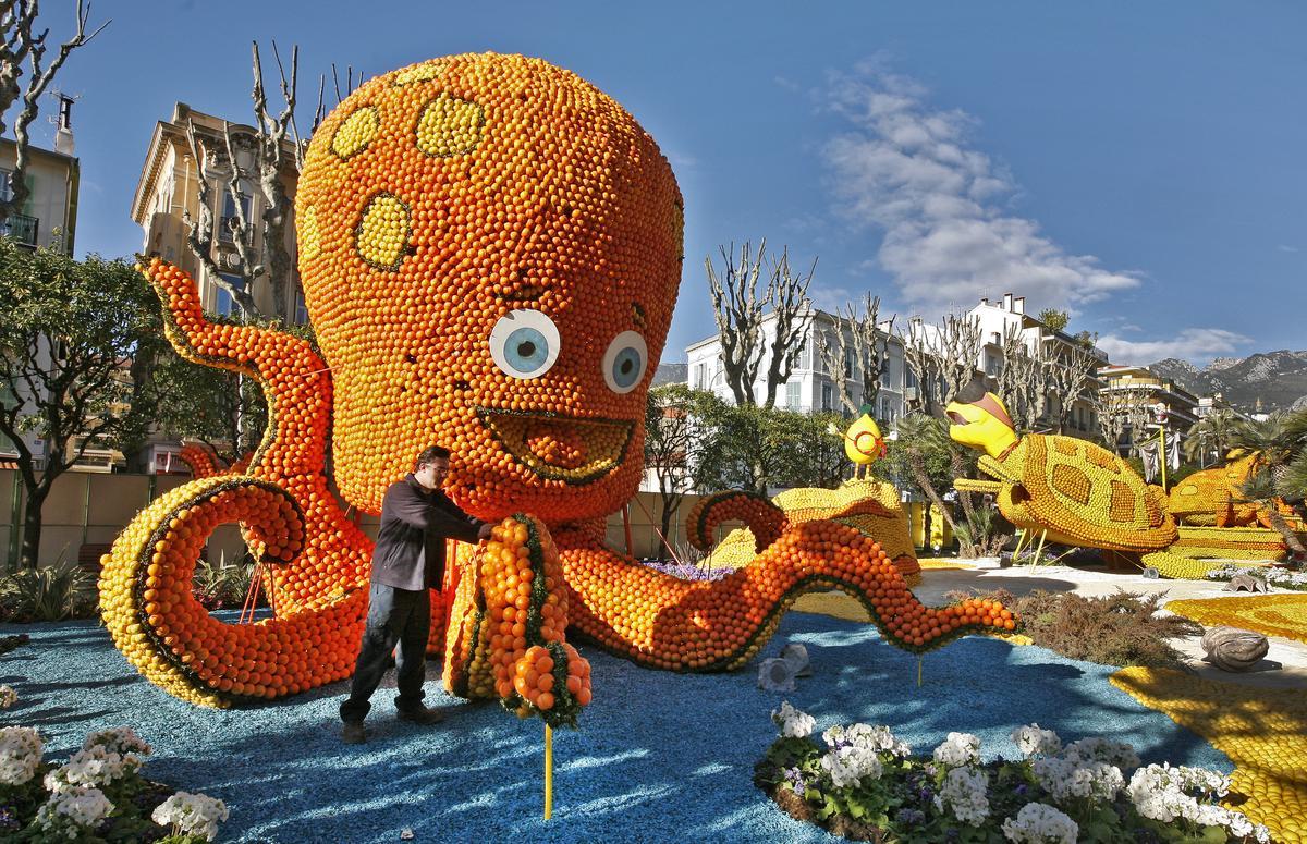 Лимонный фестиваль в Ментоне, зима во Франции, Франция, путеводитель по Франции, что делать зимой, куда поехать зимой, рождественские рынки, рождество во Франции, новый год во Франции