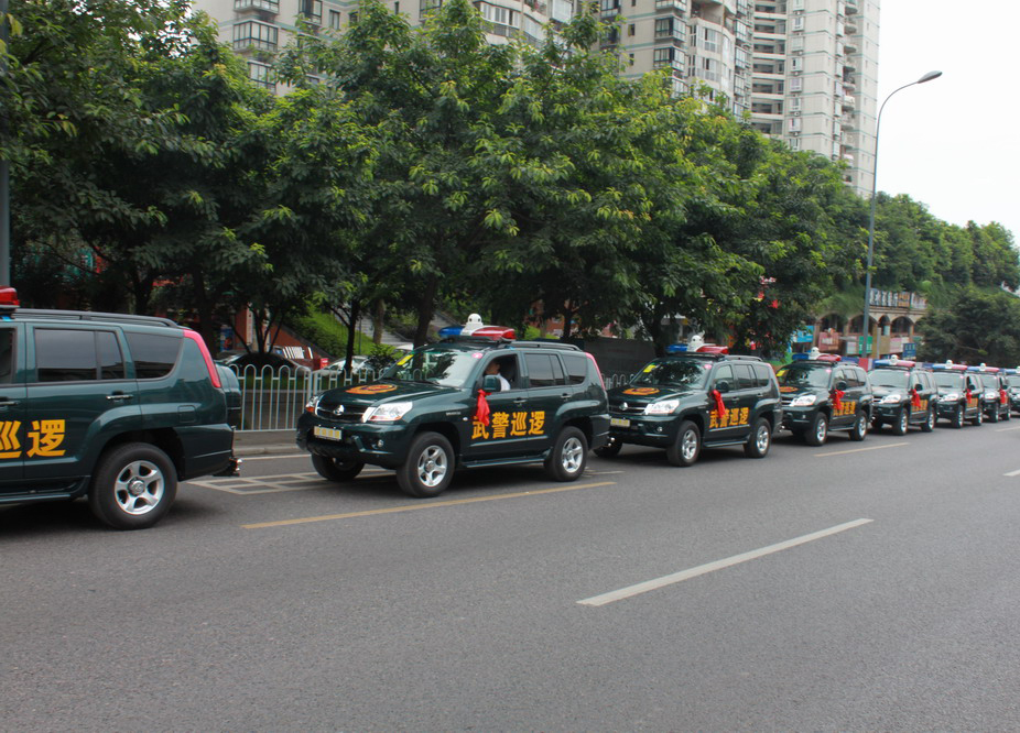 国产猎豹敞篷车价格_国产猎豹敞篷车成为北京武警用车_国内新闻_环球网