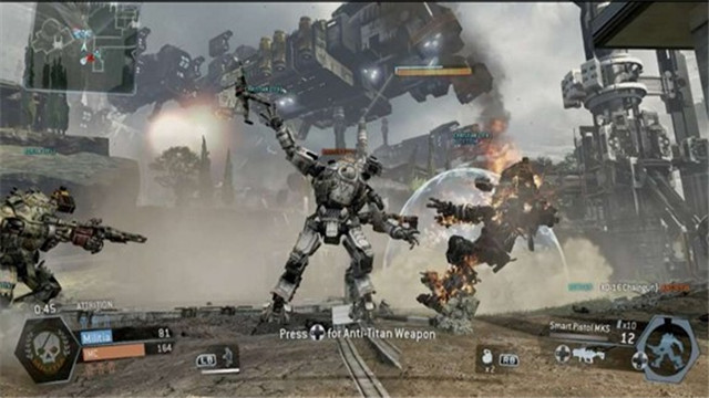 《泰坦陨落》将加入巨型怪兽 可攻击玩家