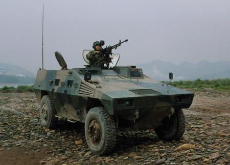 中国/资料图:中国装备的新型装甲车。...