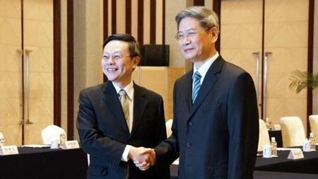 张志军:解决政治问题需要两岸有更大的勇气