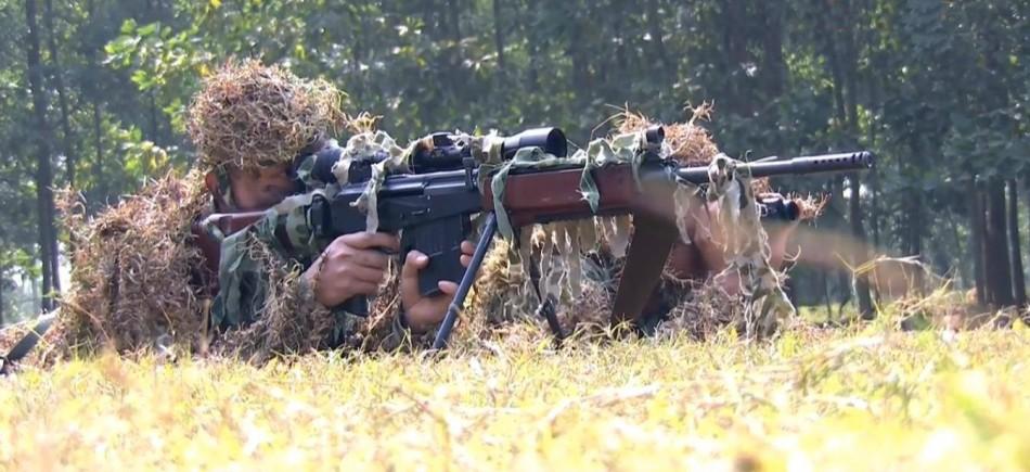 越军再曝以制狙击枪等先进武器