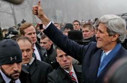 克里抵乌克兰访问 白宫宣布提供10亿美元援助