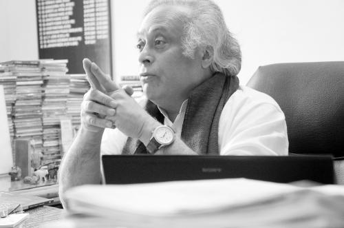 """印度部长:中印不应成""""对手论""""的牺牲品"""