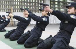 探秘重庆女特警队 十八般武艺样样精通