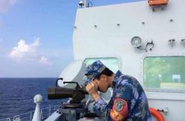 井冈山等军舰继续快速航渡并做好搜救准备