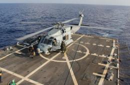 美国派遣海鹰直升机参与搜救马航失联客机