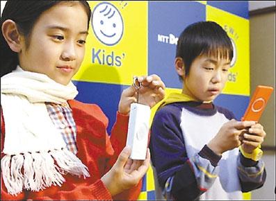 日媒v手机称日本近4成小学生拥有智手机仿写小学春雨