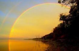 组图:世界各地天空呈现的美丽彩虹