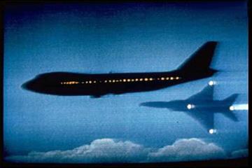 83年神秘失联客机珍贵影像