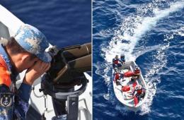 海军井冈山舰编队在苏门答腊岛西南海域拉网式搜索