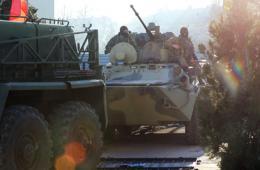 克里米亚乌克兰军事基地遭装甲车强攻