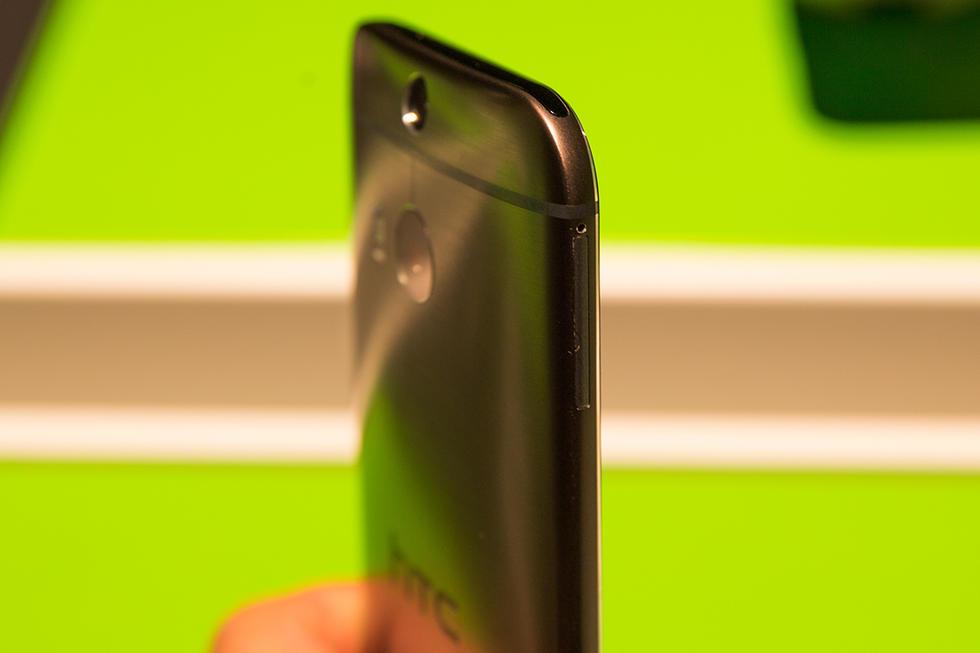 土豪金版本 HTC One M8真机图赏