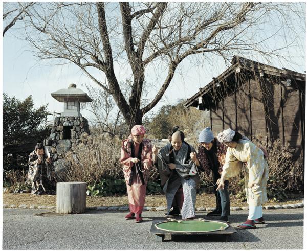 浅田政志:家族摄影 别样滋味