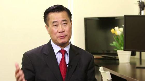 加州华裔参议员涉公职腐败 遭美联邦调查局起诉