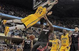 NBA东区决赛预演 热火痛失绝杀惜败步行者