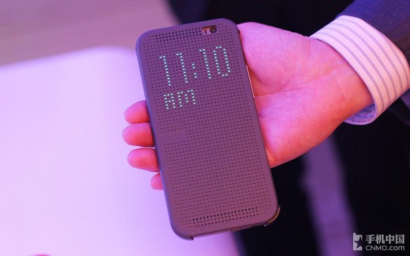 Dot View智能立显保护套,而由于该机内置感应器,并搭载全新HTC 图片