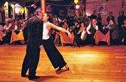 挑战自我的阿根廷探戈舞