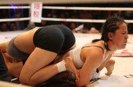 中日韩自由搏击赛火爆上演 看女汉子拳台争霸