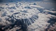 飞机窗外云雾缭绕的奇美世界
