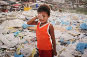 垃圾堆里的童年:菲律宾儿童现状