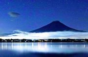 日本摄影师镜头下的多面富士山