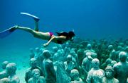 沉默的艺术:走进坎昆水下博物馆