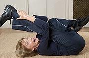 英九旬老妇录舞蹈光碟助老人健身