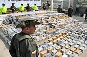 哥伦比亚截获7吨可卡因总价15亿