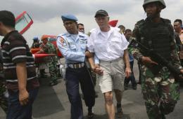 65岁瑞士飞行员误闯印尼领空遭拦截并拘捕