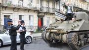 英国市民开它上街抗议收停车费