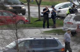 美国堪萨斯州发生枪击案