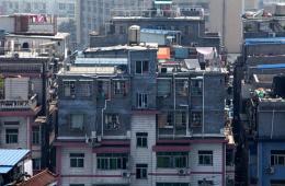 杭州城区现空中棚户区:顶上造四层新楼