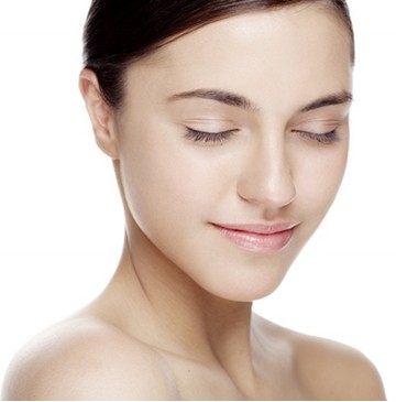 你可以彻底地清洁脸部,全面地护理每一寸肌肤.