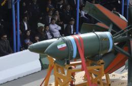 伊朗举行建军节阅兵式 展示先进武器