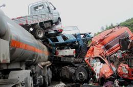 京昆高速四川广元境内发生5起追尾交通事故