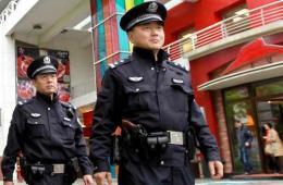上海首批千余基层巡警配枪巡逻