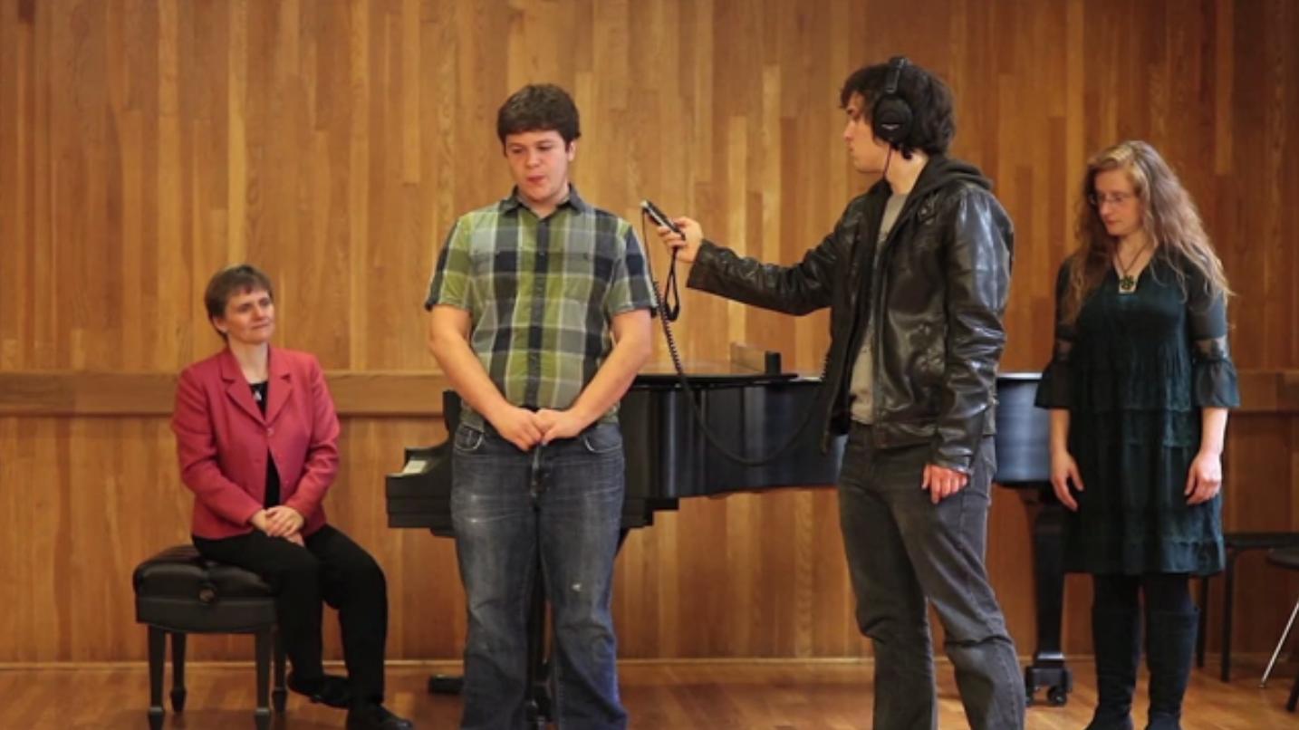 美大学生用口哨吹奏出世界最高音