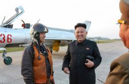金正恩视察朝鲜空军飞行训练并指导