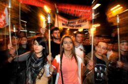 亚美尼亚人火把游行 抗议99年前土耳其对亚屠杀
