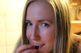 美女子因牛肉品质下降改食老鼠蟋蟀获取蛋白质