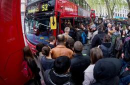 伦敦地铁职员罢工 抗议新计划取消大量岗位