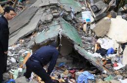 上海一老式居民楼倒塌 已致2人死亡